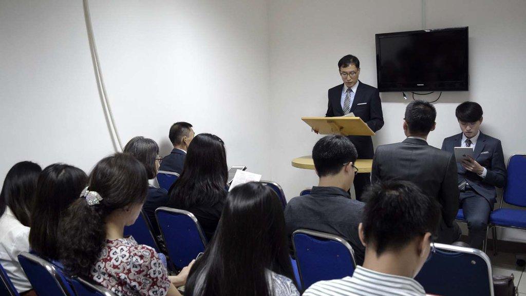 Saksi Saksi Yahweh Yaitu Kristen tanpa Salib, Natal, dan Neraka